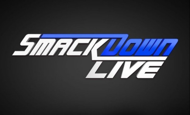 Protagonistas de WWE Smackdown Live Luchadora de SmackDown pierde un diente en la gira Europea