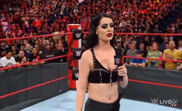 Los directivos de WWE muy contentos con el trabajo de Paige como General Manager Paige sobre ser GM de Smackdown Live