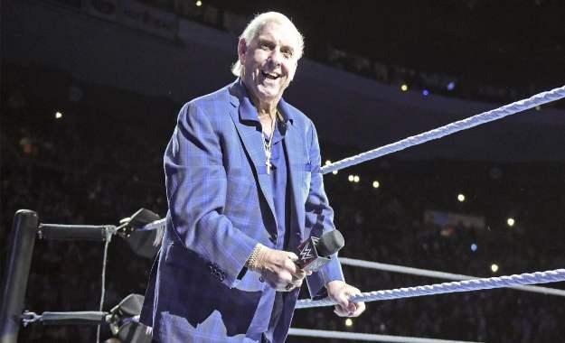 Ric Flair también estará en WWE RAW