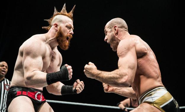 Razón de la ausencia de The Bar en WWE SmackDown
