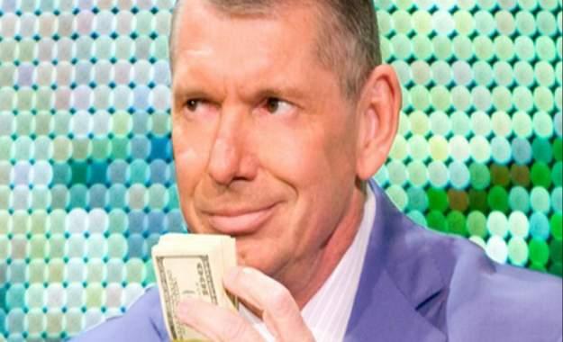Vince McMahon y la decisión de mantener WWE Crown Jewel